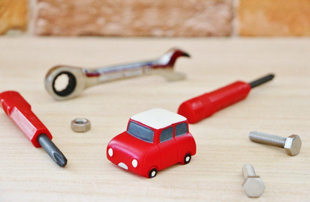 自動車と道具